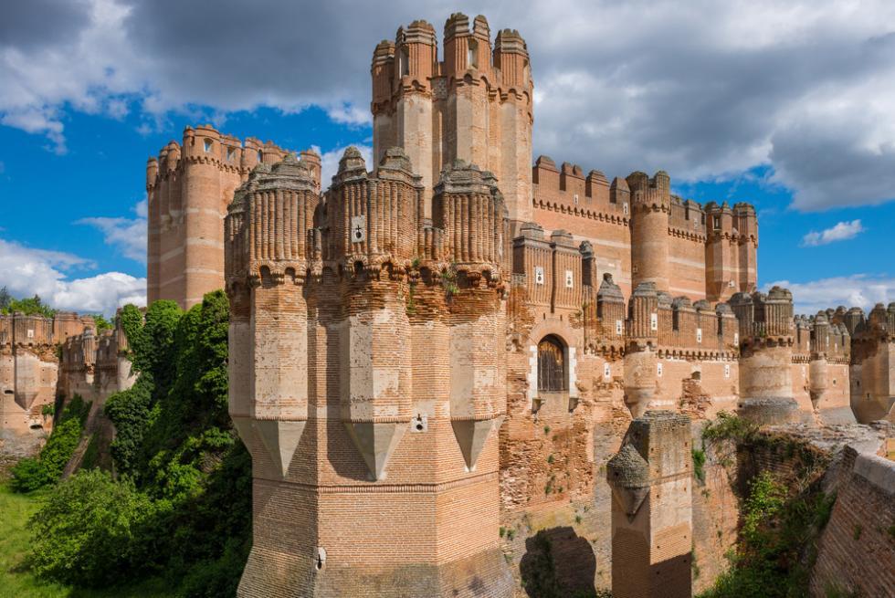 Najpiękniejsze zamki Europy – TOP 5 zwylotem zWrocławia